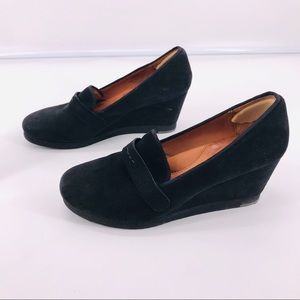 gentle souls Shoes - Gentle Souls Up At Dawn Black Suede wedge Sz 8 EUC